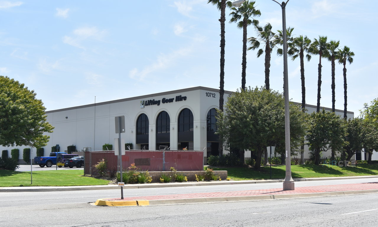 10712-10748 Bloomfield Ave, Santa Fe Springs, CA, 90670