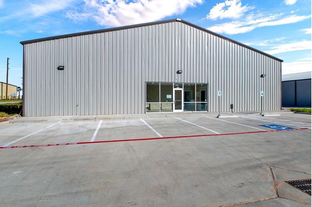 115-123 Industrial Court, Conroe, TX, 77301