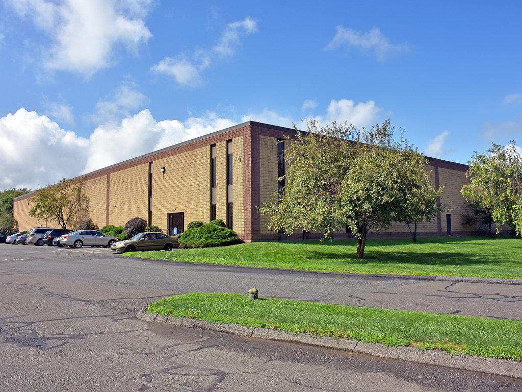 115 Silvermine Rd, Brookfield, CT, 06804