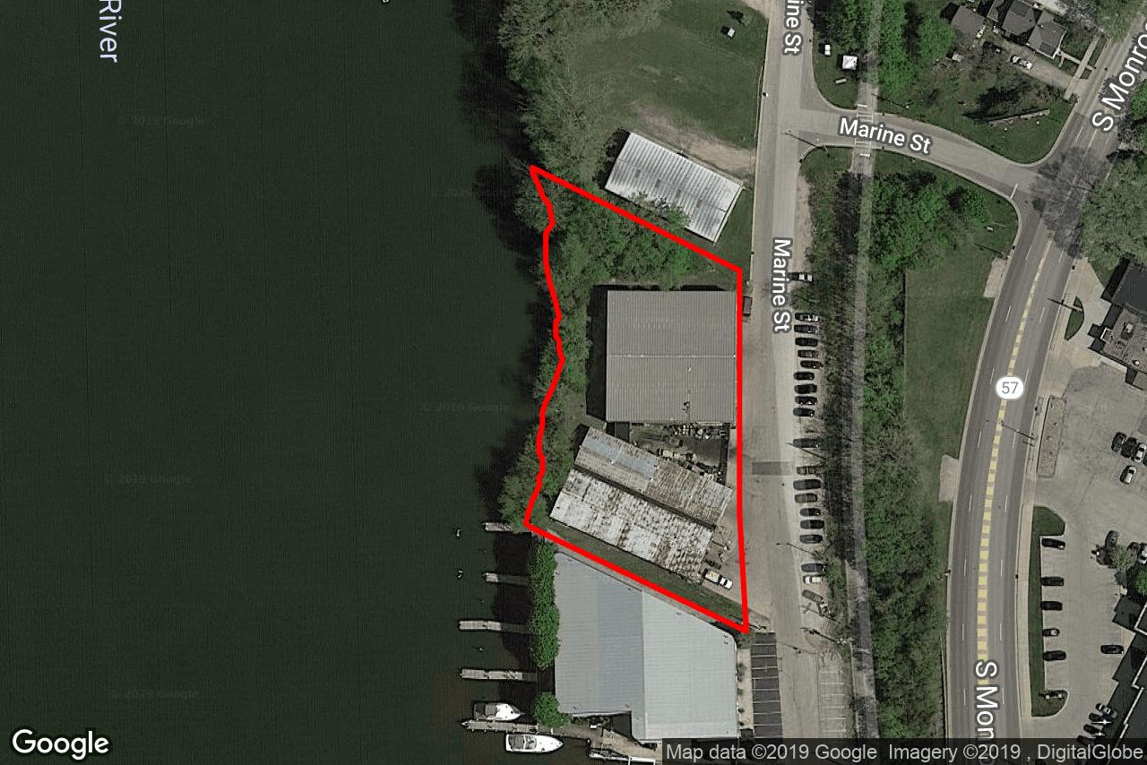 1252 Marine St, Green Bay, WI, 54301