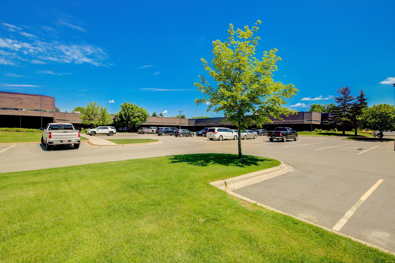 1355 Mendota Heights Rd, Mendota Heights, MN, 55120