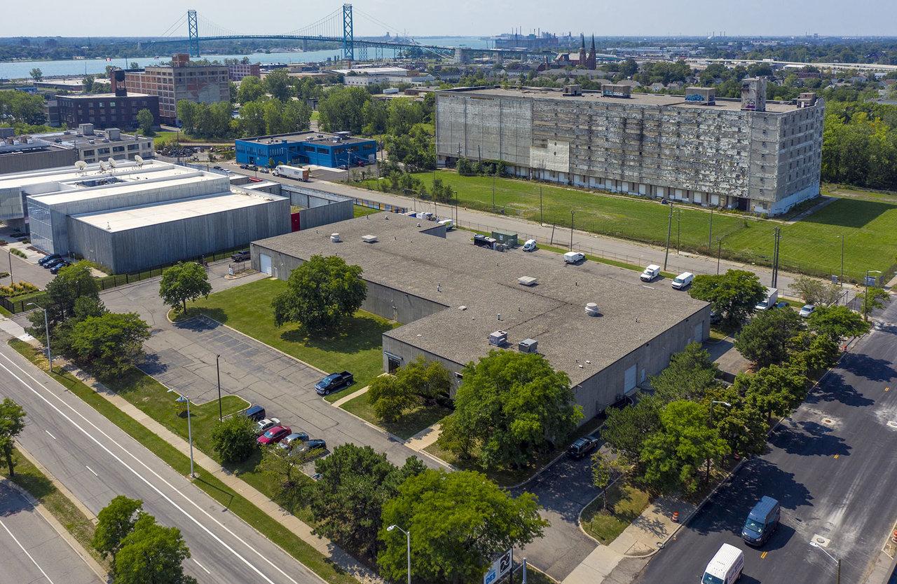 1551 Rosa Parks Blvd, Detroit, MI, 48216