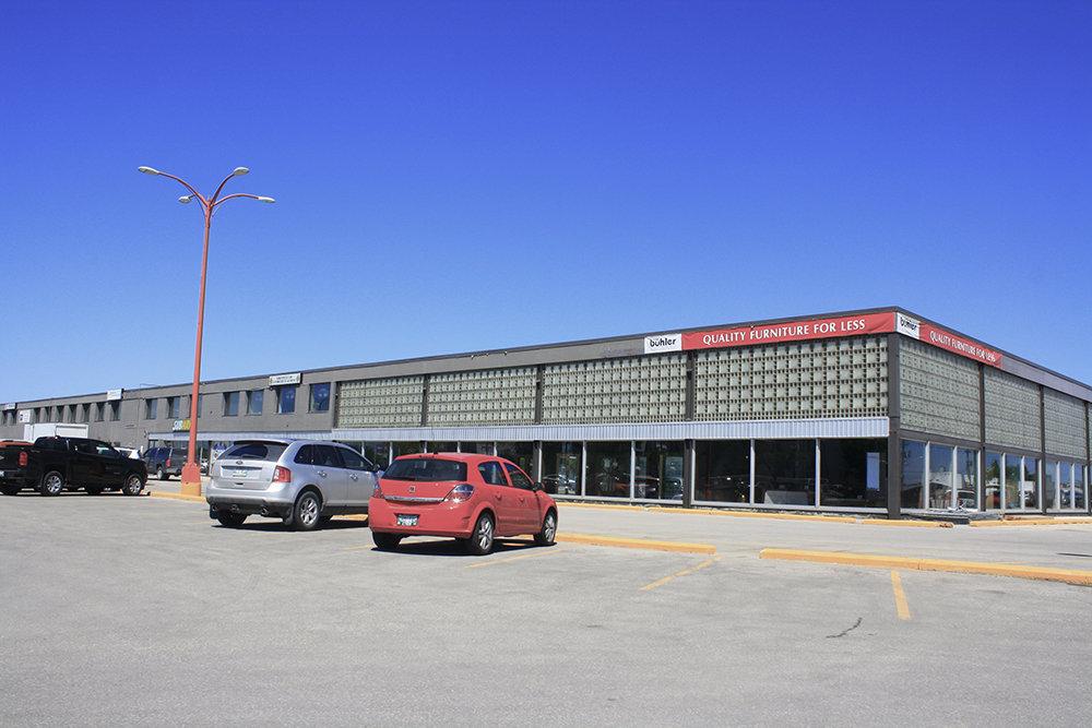 1821 Wellington Avenue, Winnipeg, MB, R3H 0G4