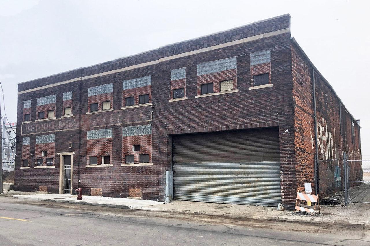 1909 E Ferry St, Detroit, MI, 48211
