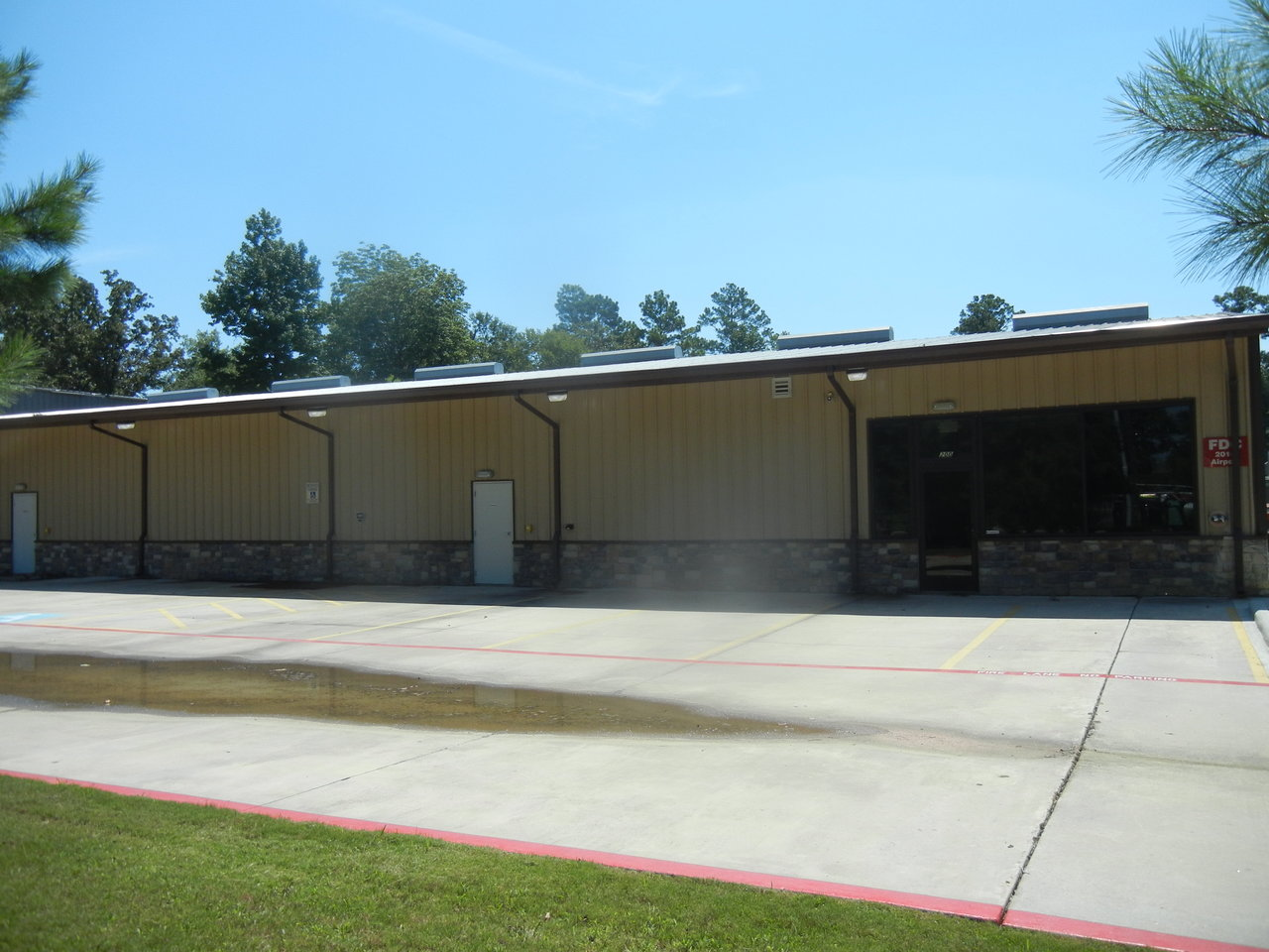 2014 Airport Road, Conroe, TX, 77301