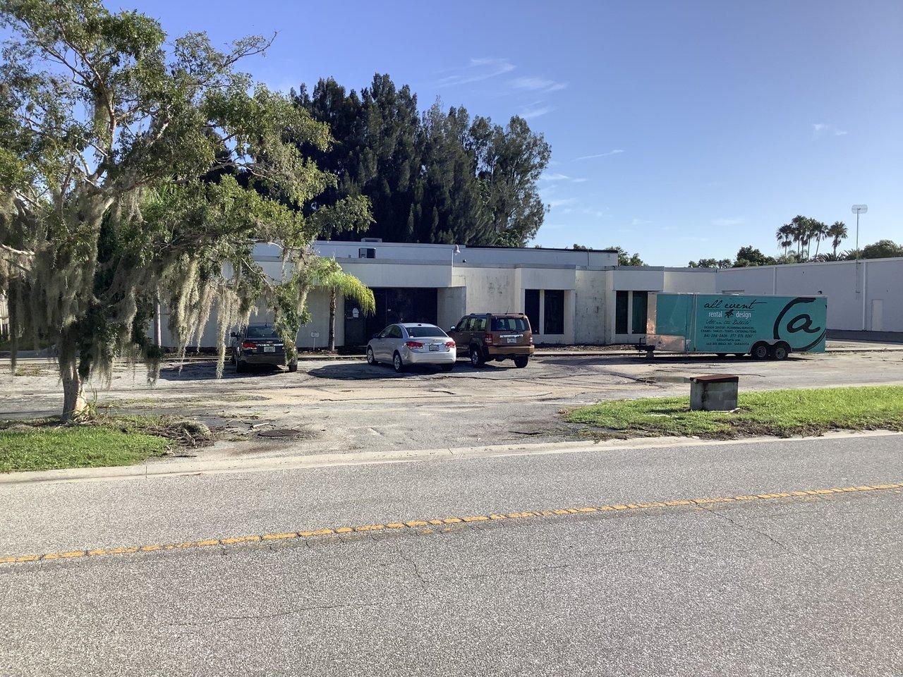 2211 Industrial Blvd., Sarasota, FL, 34234