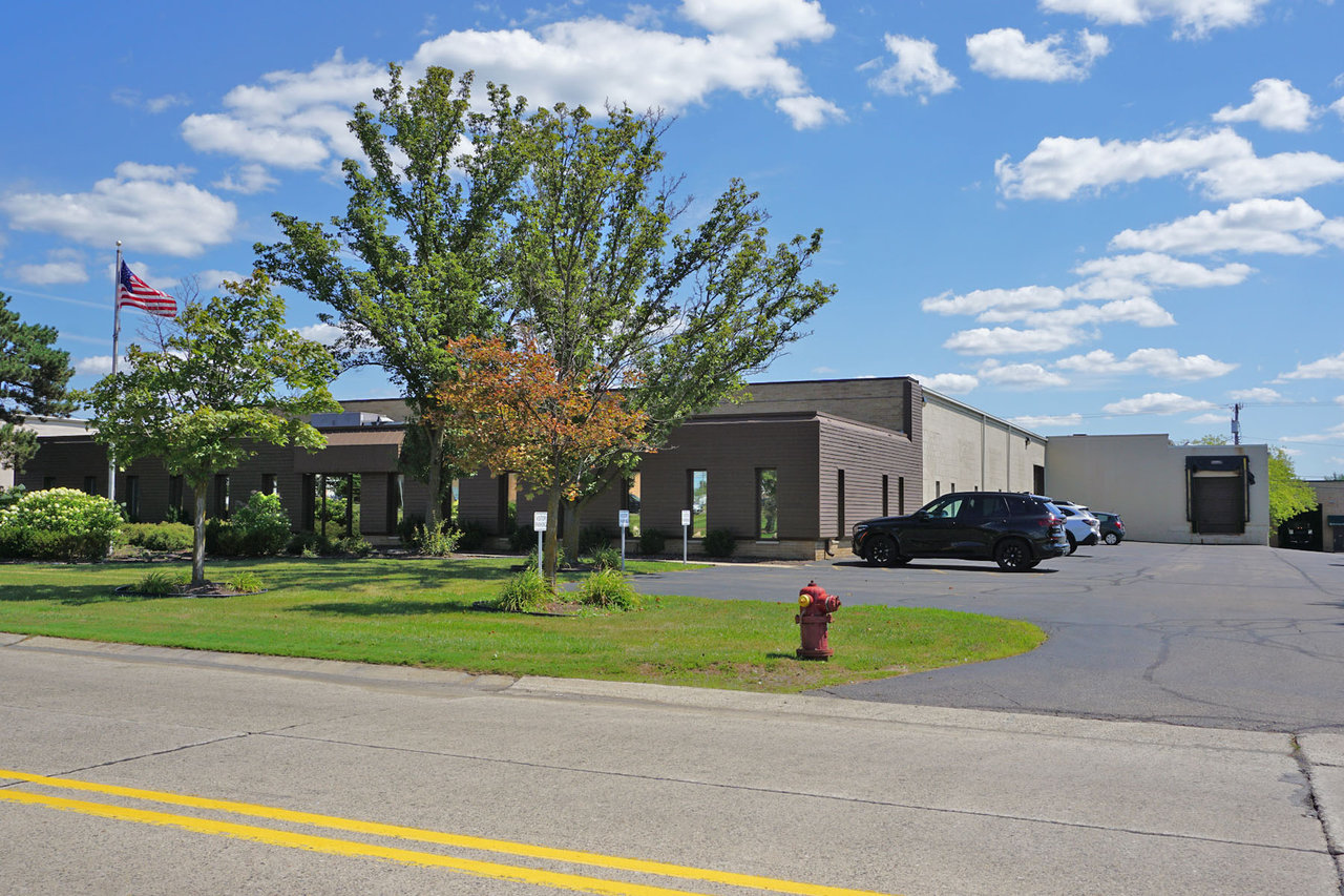 23936 Industrial Park Dr, Farmington Hills, MI, 48335