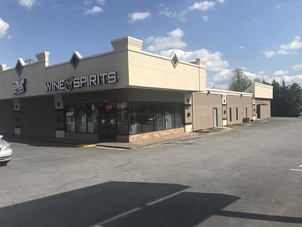 2815 W Market St, Johnson City, TN, 37604