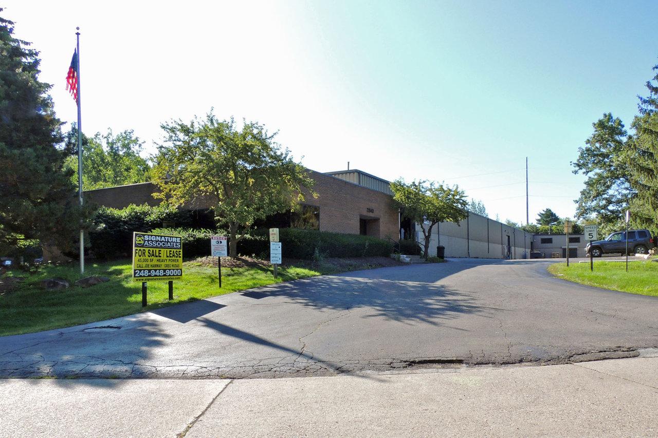 2840 Auburn Ct, Auburn Hills, MI, 48326