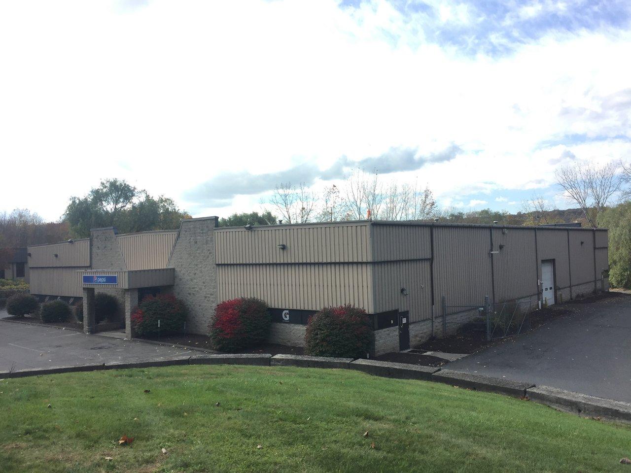30 Pocono Rd, Brookfield, CT, 06804