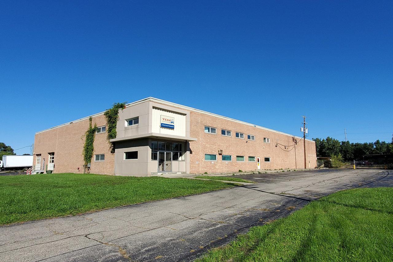 33900 W 9 Mile Rd, Farmington, MI, 48335
