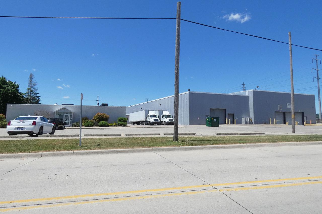35660 Clinton St, Wayne, MI, 48184