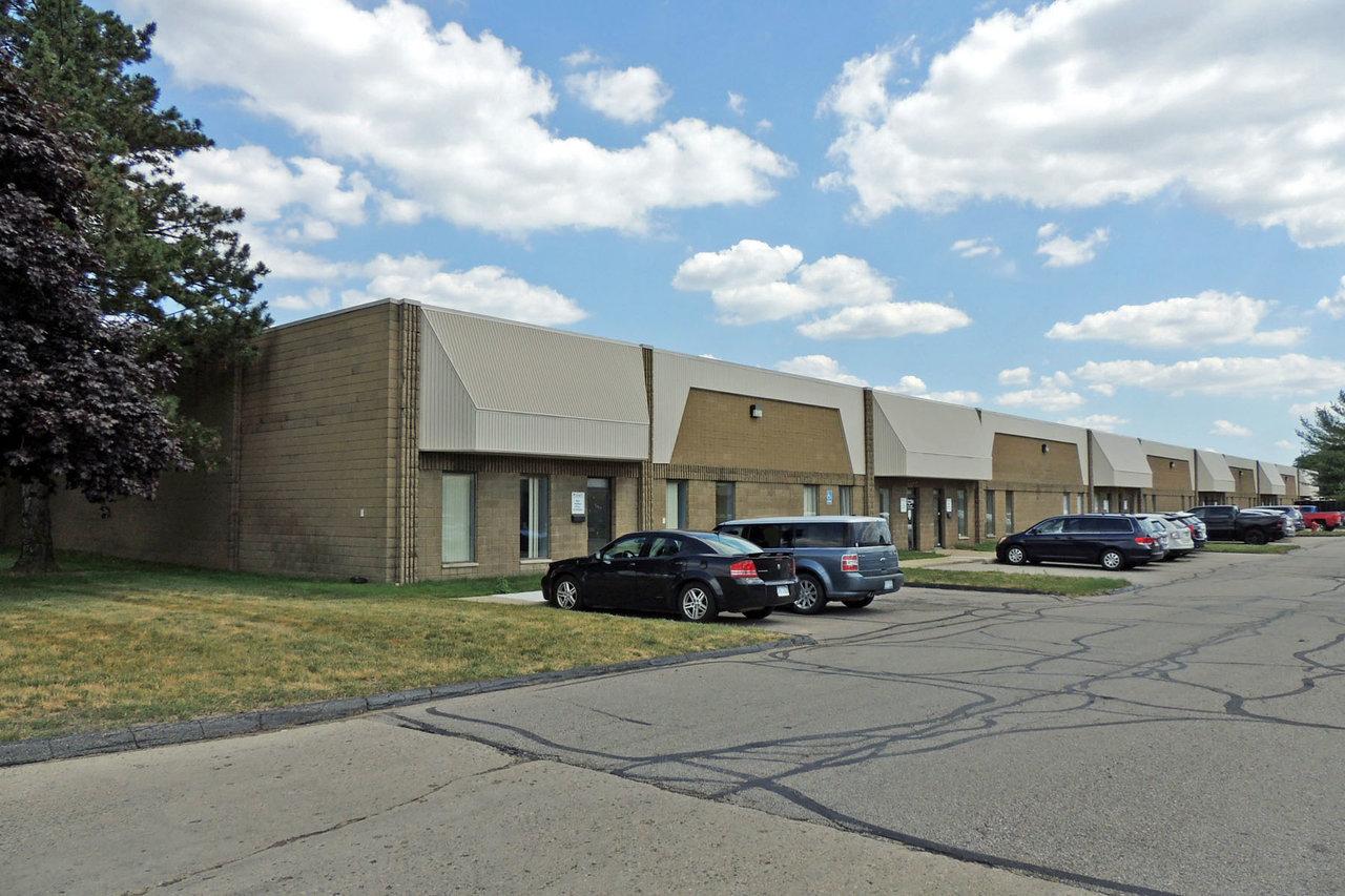 37495 37515 Schoolcraft Road, Livonia, MI, 48150
