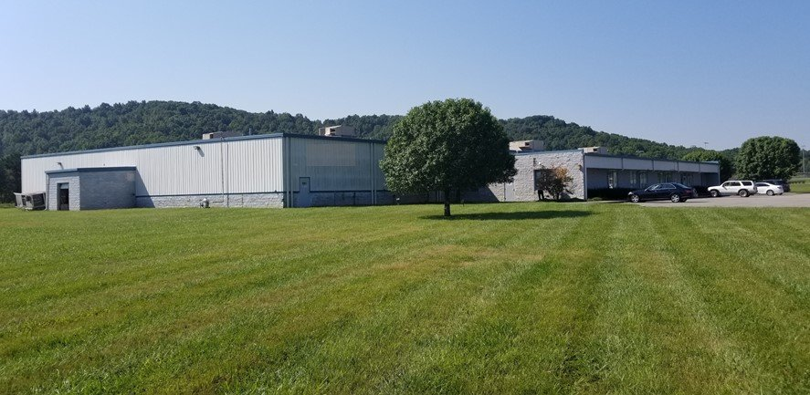 385 One Industrial Park Rd, Oneida, TN, 37841