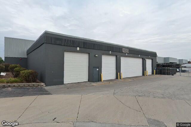 7025 W Parkland Ct, Milwaukee, WI, 53223
