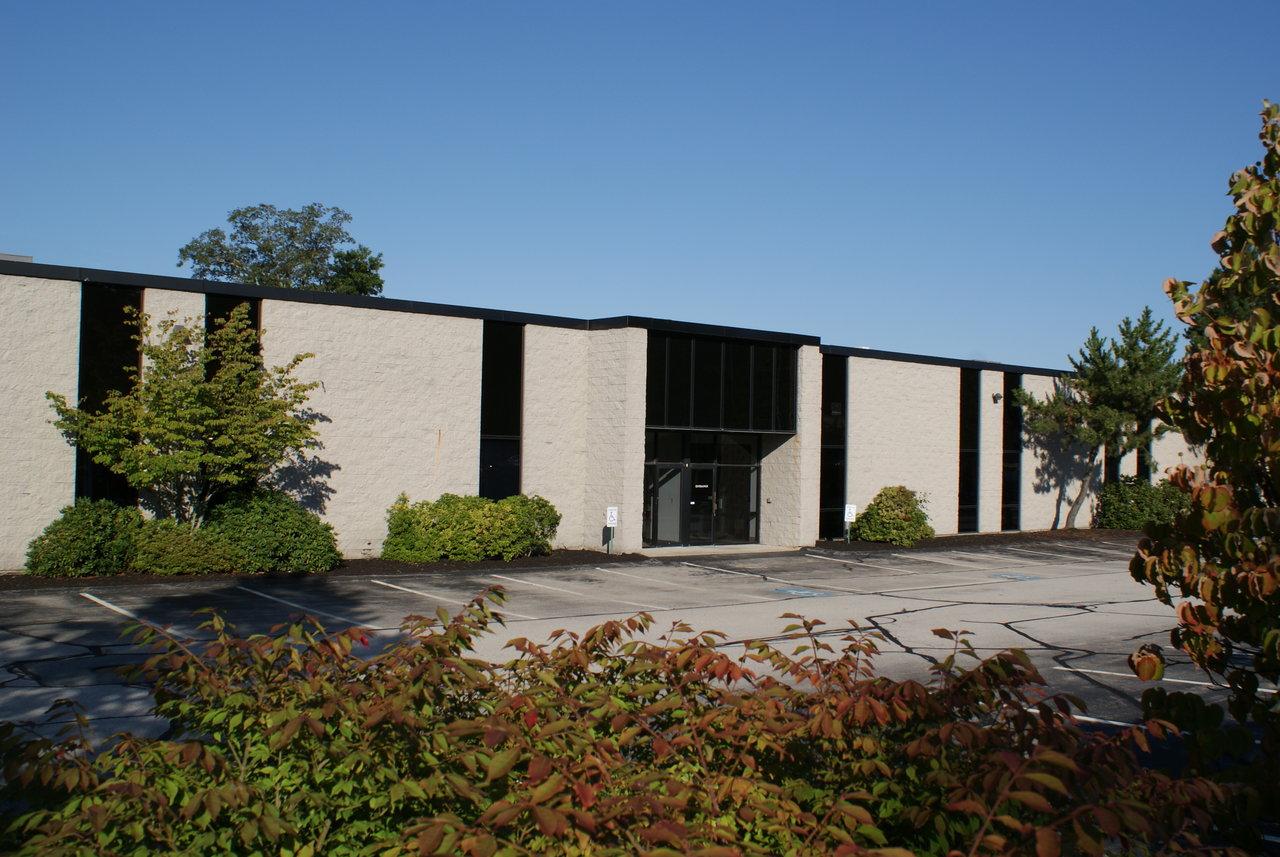 8 Industrial Way, Salem, NH, 03079