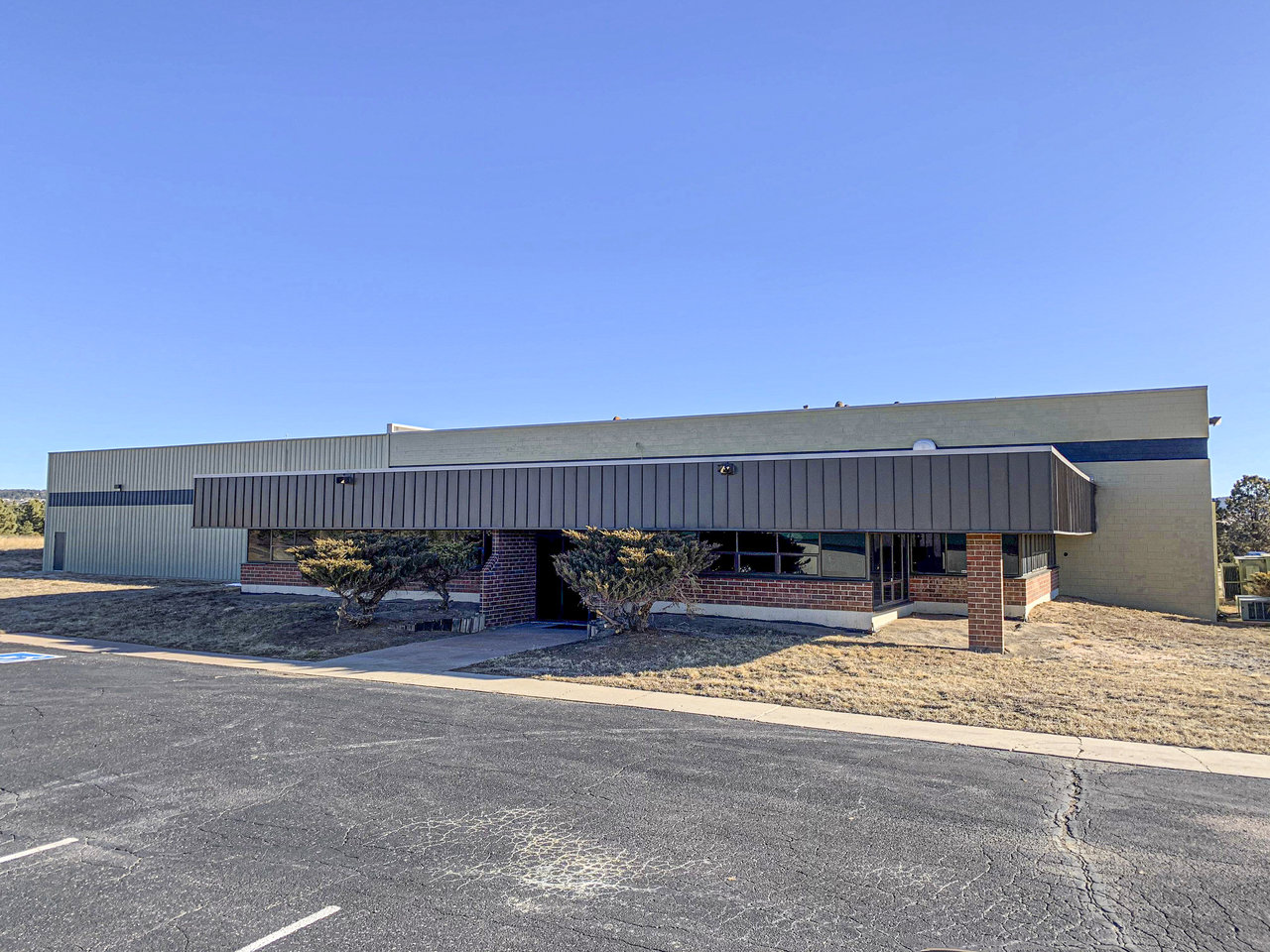 901 Synthes Ave, Monument, CO, 80132