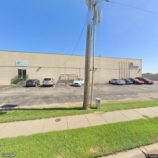 1040 E MacArthur, Wichita, Kansas 67216