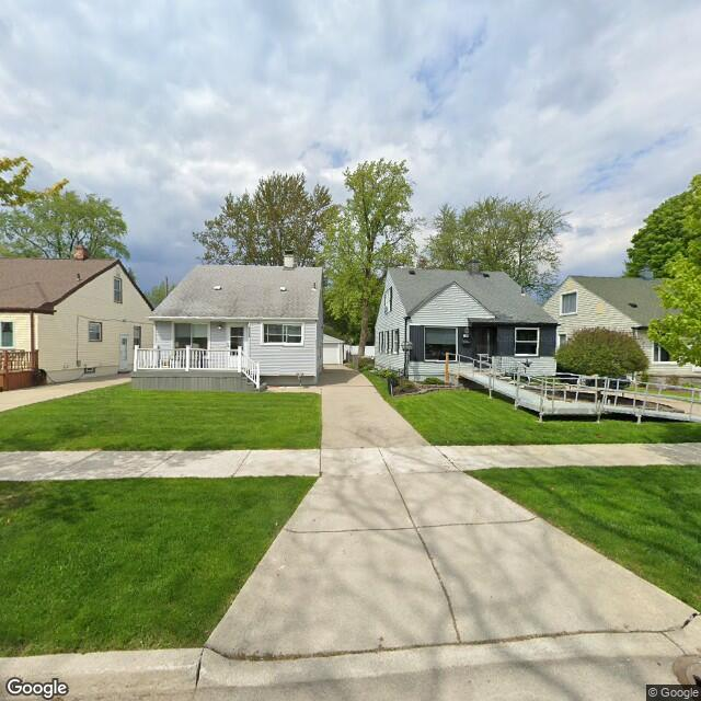 448-452 Park Drive, Troy, Michigan 48017
