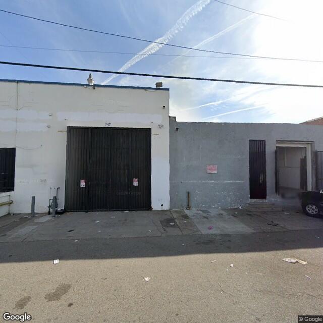 738 E 61st St, Los Angeles, California 90001 Los Angeles,Ca