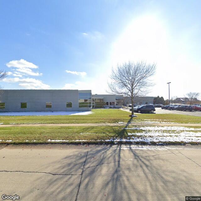 955 Kacena Rd, Hiawatha, Iowa 52233