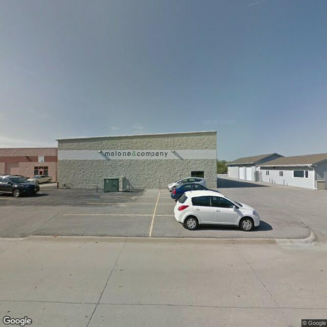1112 Applewood Drive, Papillion, NE 68046