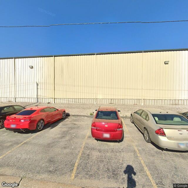 120 4th Ave E, Milan, IL 61264
