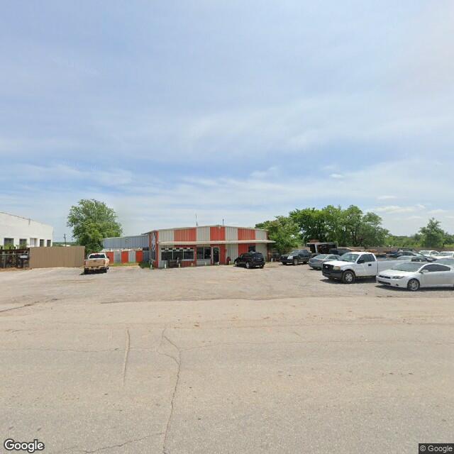 1502 SW 2nd St, Lawton, OK 73501