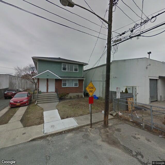 15 Main St, East Rockaway, NY 11518