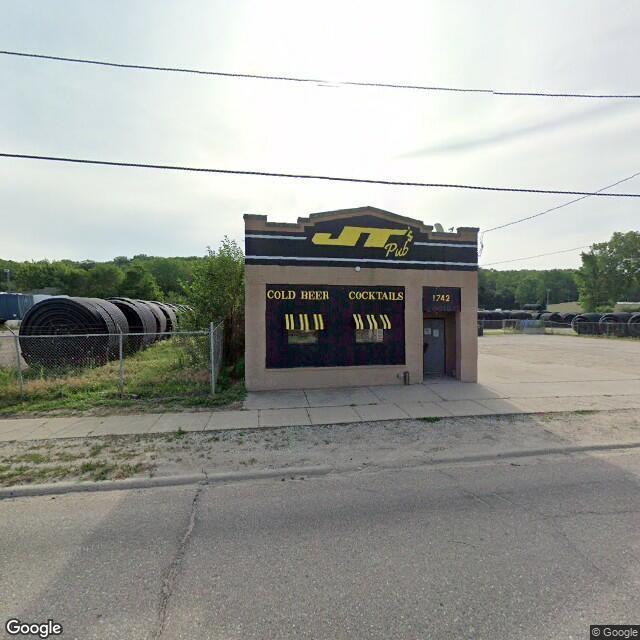 1742 Riverside, Sioux City, IA 51109