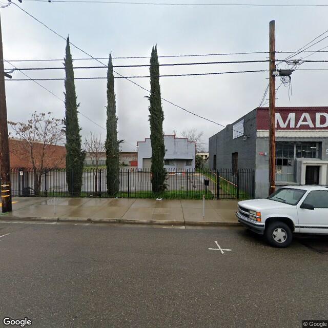216 N American St, Stockton, CA 95202