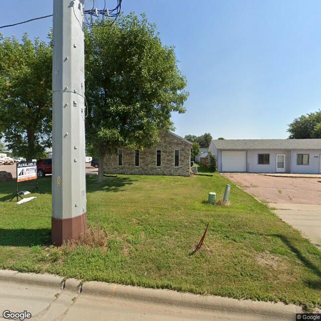 2400 North 4th Avenue, Sioux Falls, SD 57104
