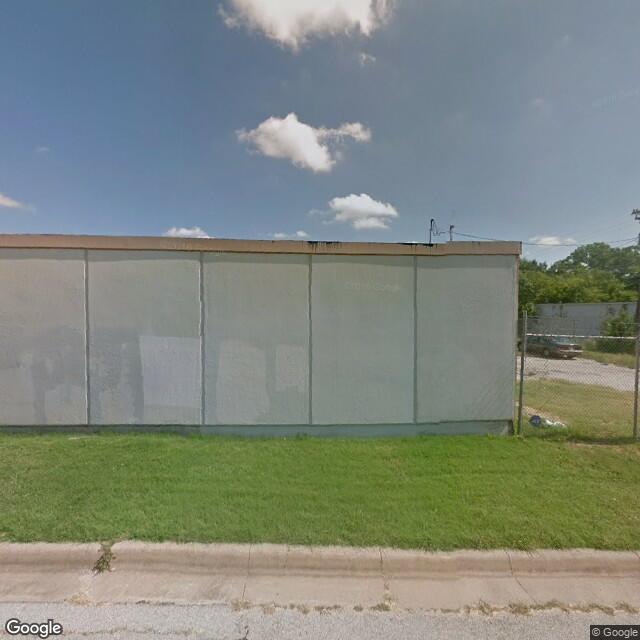3245 Stuart Dr, Fort Worth, TX 76110