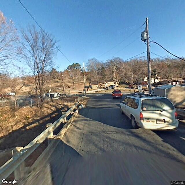 403 LaBarge Ave, Huntsville, AR 72740