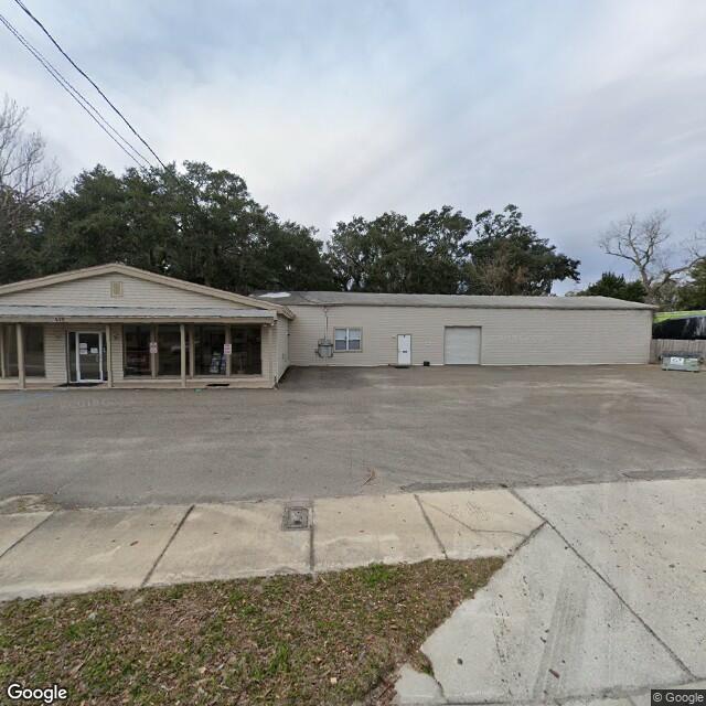515 S 8th St, Fernandina Beach, FL 32034