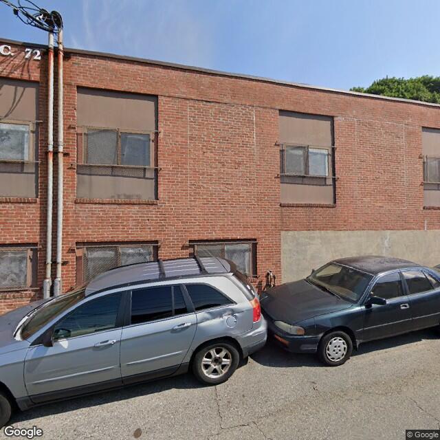 69 Bath St, Providence, RI 02908