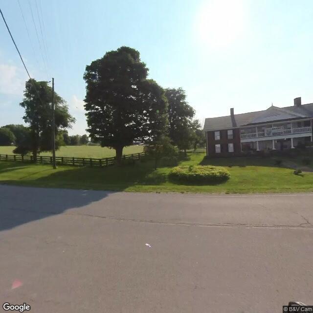 8444 Lexington Rd, Lancaster, KY 40444