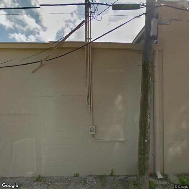 924 W 3rd St, Davenport, IA 52802