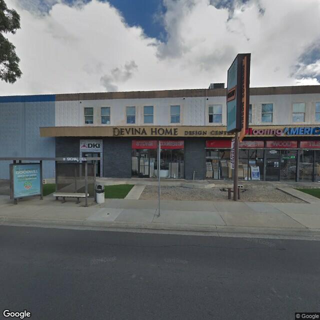 965 E Willow St, Signal Hill, CA 90755
