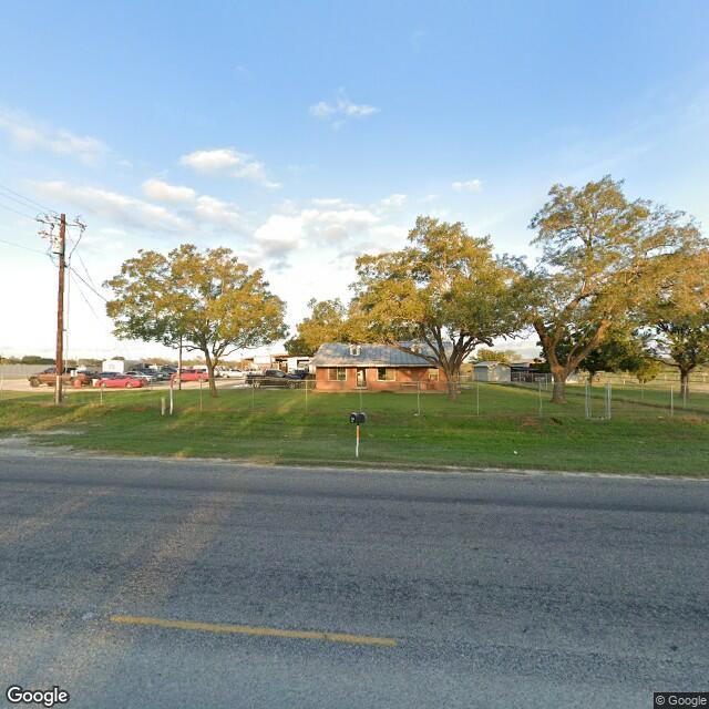 972 Texas 123 N, Stockdale, TX 78160