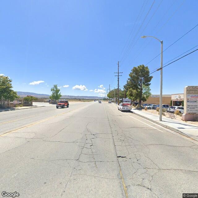 1051 W Columbia Way, Lancaster, CA 93534