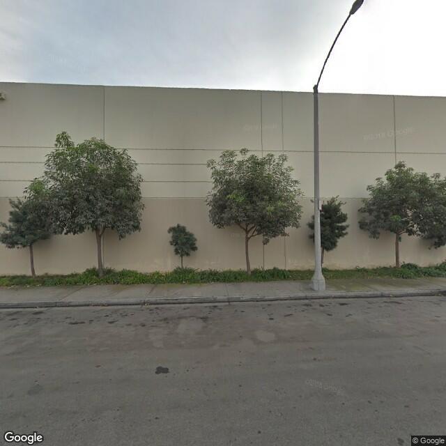 2020 W 14th St, Long Beach, CA 90813