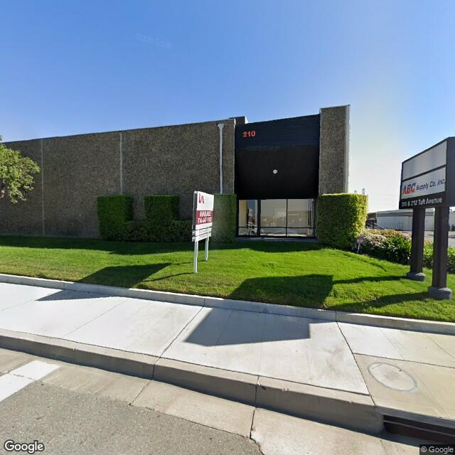 210 W Taft Ave, Orange, CA 92865