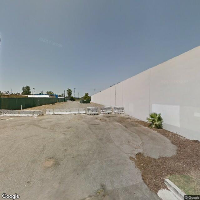 2700 Rose Ave, Signal Hill, CA 90755