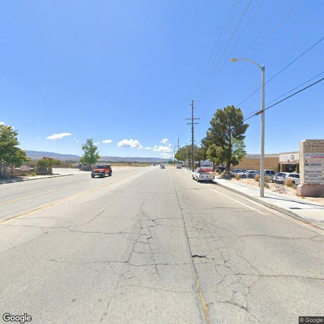 1051 W Columbia Way,Lancaster,CA,93534,US
