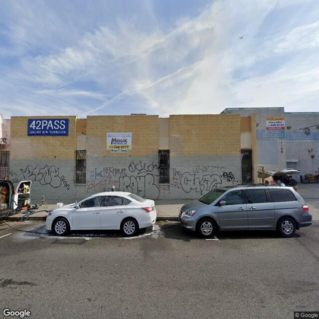 1121 E 12th St,Los Angeles,CA,90021,US