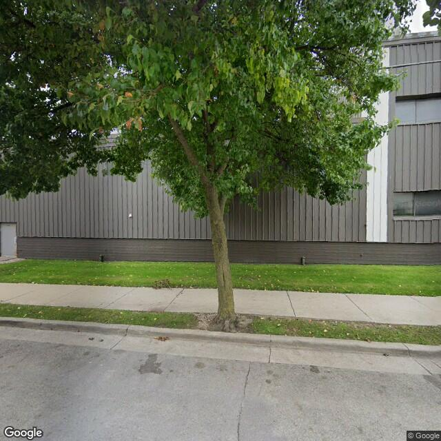 2123 W Michigan St,Milwaukee,WI,53233,US