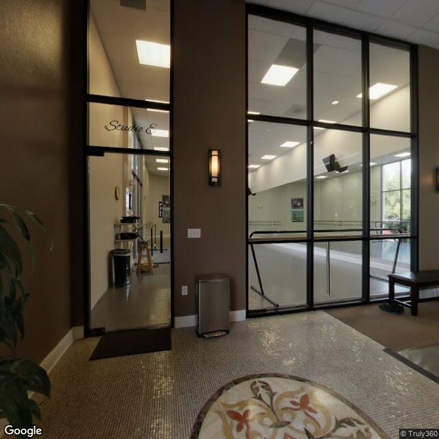 2282 Townsgate Rd,Westlake Village,CA,91361,US