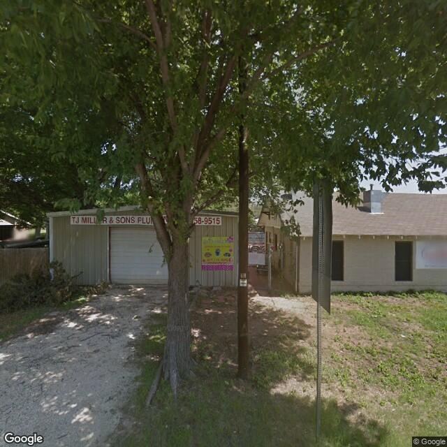 310 S Broadway St,Joshua,TX,76058,US