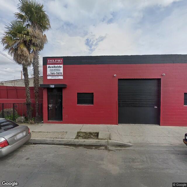 7050 Deering Ave,Canoga Park,CA,91303,US